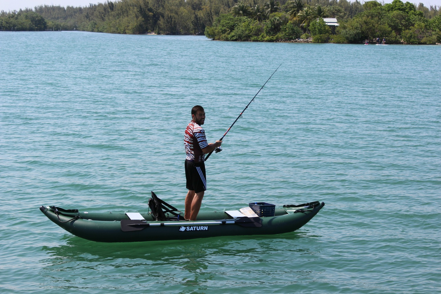 Saturn ocean pro angler inflatable fishing kayaks for How many fishing rods per person in texas